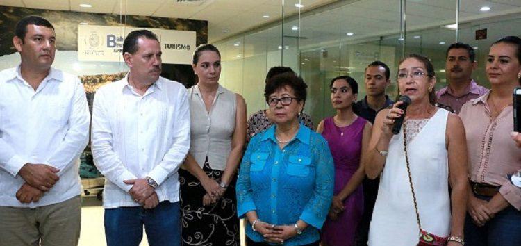 Acerca Jaime Cuevas gobierno a empresarios y público en general