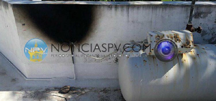 Reportan conato de incendio en condominios de Bucerías