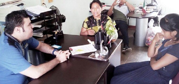 Regresa Fiscalización Mercancía a Artesana Tzotzil de Sayulita