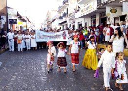"""Sigue viva la peregrinación de """"Los Favorecidos"""" en las Fiestas Guadalupanas"""
