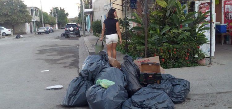 No corrige GIRRSA la recolecta de basura en zona costera de Bahía