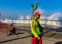 Establecen medidas de prevención ante el fuerte oleaje