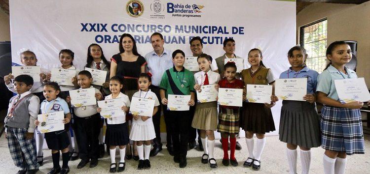 """Exitosa participación en Concurso de Oratoria """"Juan Escutia"""""""