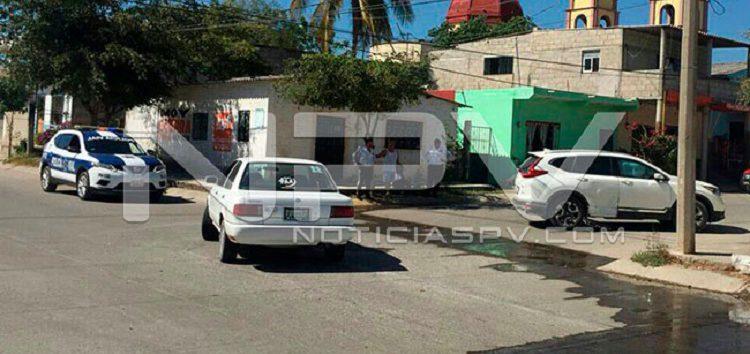 Chocan dos vehículos en San Juan de Abajo