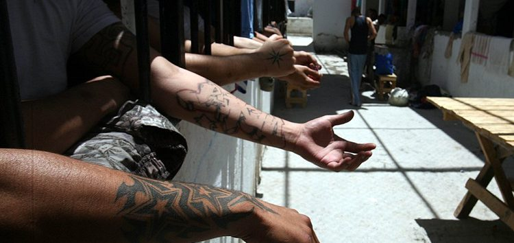 Mecanismo contra la Tortura pide a gobiernos de Querétaro y Jalisco combatir autogobierno y violencia en penales