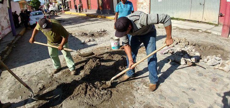 Atienden mantenimiento de drenajes en Valle de Banderas
