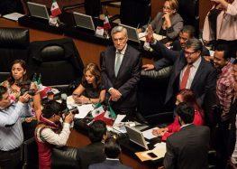 Morena plantea que presidente pueda remover al fiscal general