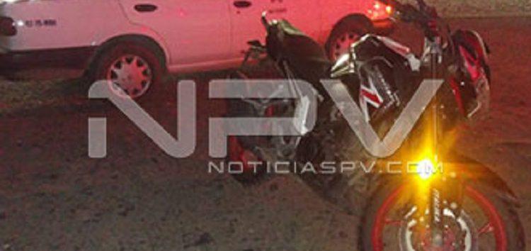 """""""Motoloco"""" se estrelló contra taxi y terminó en el hospital"""