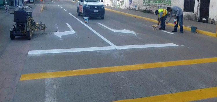 Tránsito Municipal realiza trabajo de balizamiento en vialidades