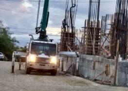Vecinos se quejan, trabajan de noche en obra de La Cruz de Huanacaxtle