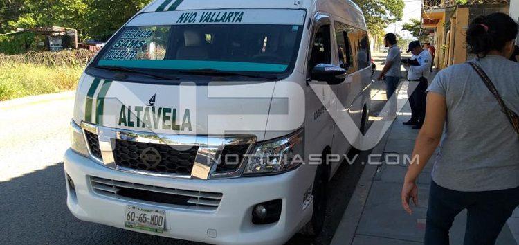 Sigue el desorden de taxistas en Bahía de Banderas
