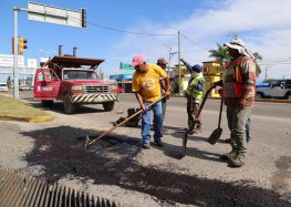 Realiza Gobierno de Bahía de Banderas bacheo y reparación de alumbrado en todo el municipio