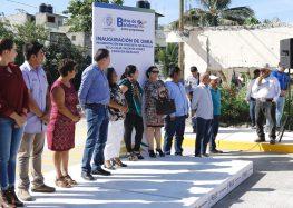 Agradecen en Mezcales pavimentación en concreto de calle Valentín Gómez Farías